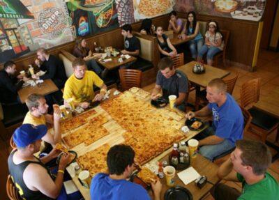 挑战!23公斤的巨型pizza