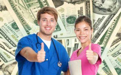 加州注册护士年薪10万 牙医助理才3万